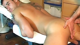 Dany\'s cock massage ! (Innocent guy seduced for gay porn)
